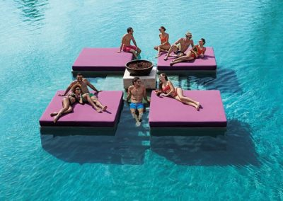 breathless-riviera-cancun_energy_pool1_1b